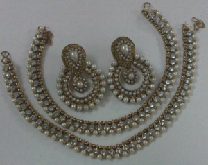 Designer Pearl and White stone Anklet and Earrings Artificial Jewellery