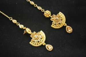 Imitation chandra nandini – helena's bridal jewellery set in gold tone 1