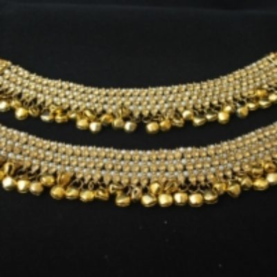 Imitation jewellery bollywood golden stone studded payal-1