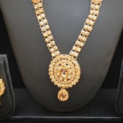 Imitation reeti fashion's bridal Jewellery set in yellow tone stones (4 Pieces)