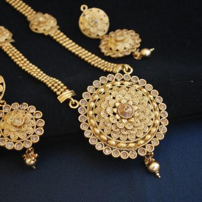 Imitation reeti fashions round motif fine work necklace set