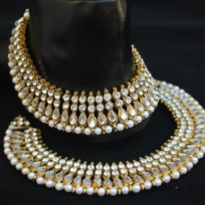 Imitation bollywood white stone studded payal