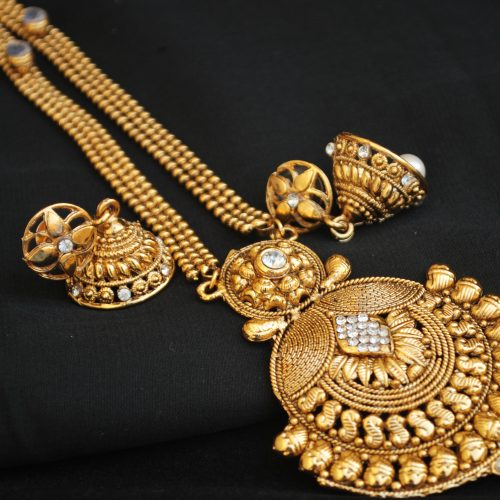 artificial long haram necklace set in gold tone