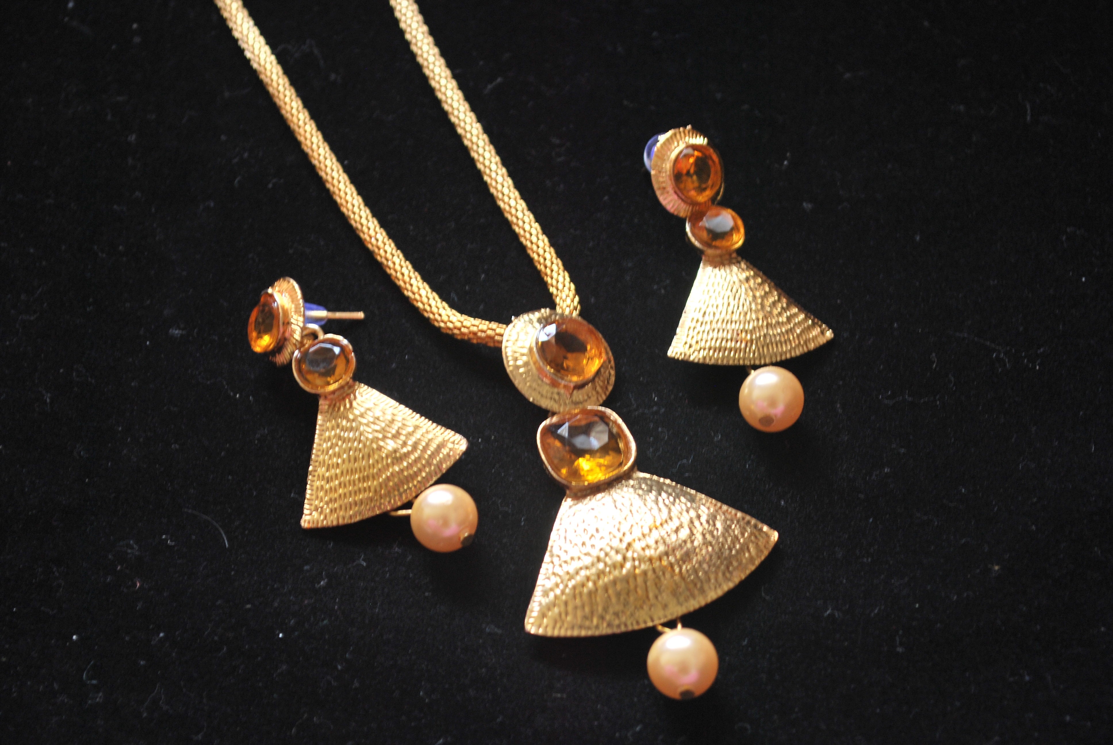 Artificial designer gold pendant set reeti fashions jewellery artificial designer gold pendant set aloadofball Images