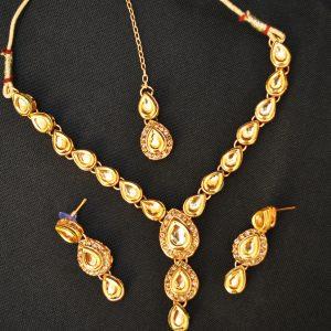 artificial copper base choker necklace set