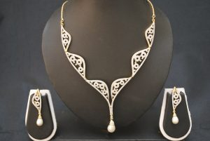 artificial fascinating ad necklace set