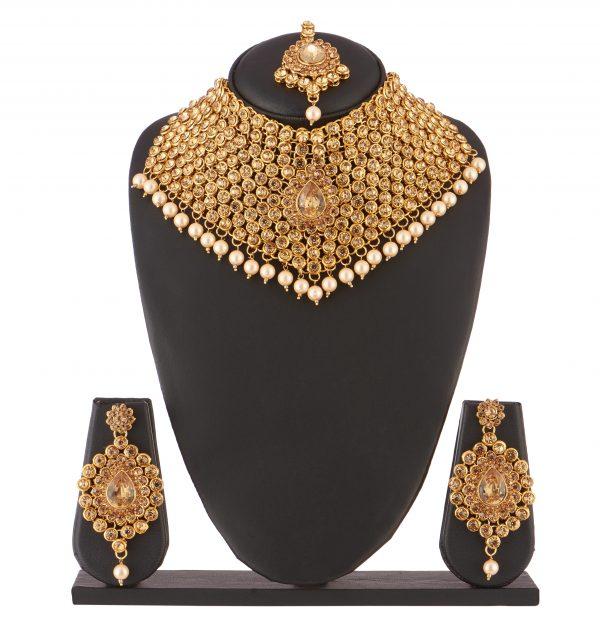 Ethnic Fashion Mini set in Golden Stone studded choker Necklace set