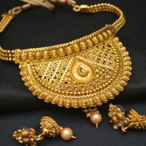 Imitation artificial copper base elegant choker necklace set