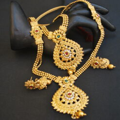 artificial imitation green and maroon gold beaded chain 2 layer gold necklace set