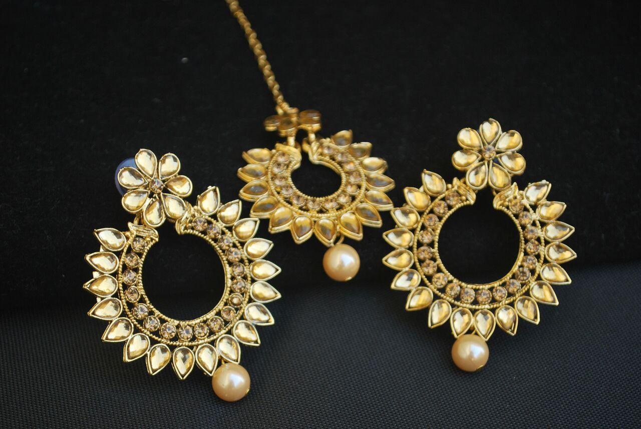 Imitation Gold Tone Maang Tikka And Earrings Combo Set