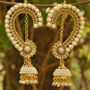 Jai Malhar marathi serial white pearl kaan earrings