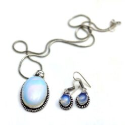 Off White blue oxidized pendent set with chain