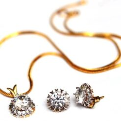 AD Solitaire pendent set - office wear