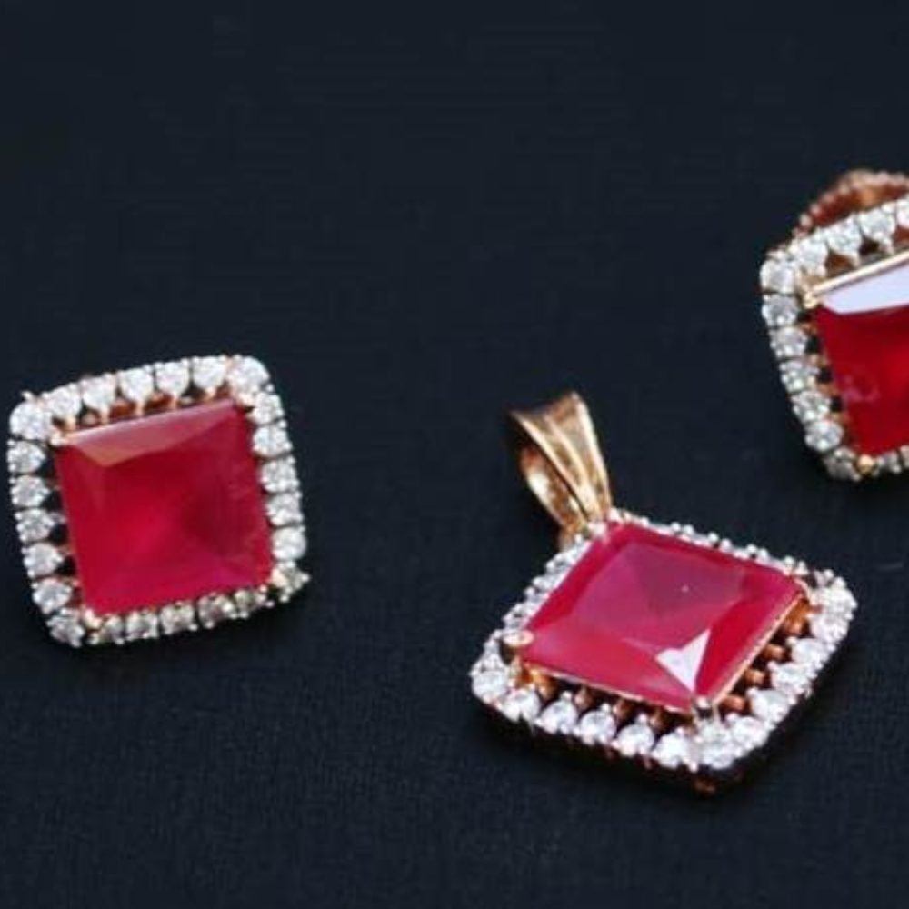 Square Ruby artificial AD pendent set with chain