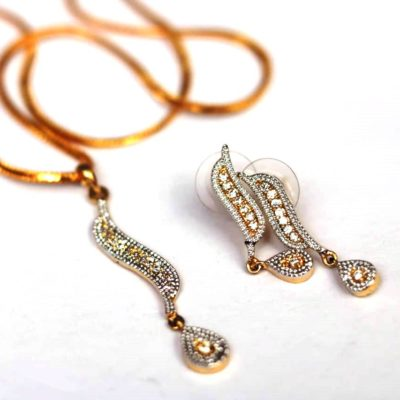 Elegant AD Pendent set with chain