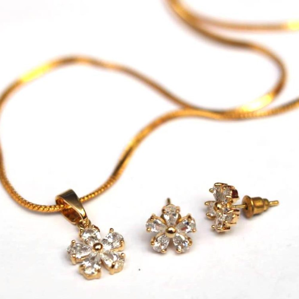 Floral AD Pendent set with chain