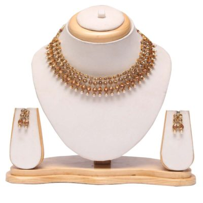 Elegant golden choker necklace set