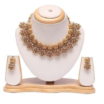 Floral golden choker necklace set