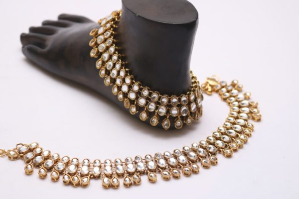 Beautiful kundan bridal payal