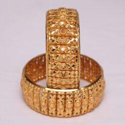 Golden pair of wedding bangles