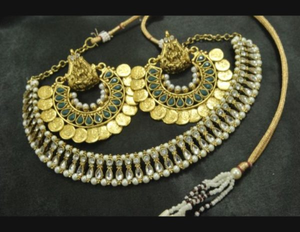 Ram Leela earrings kundan green wedding necklace set