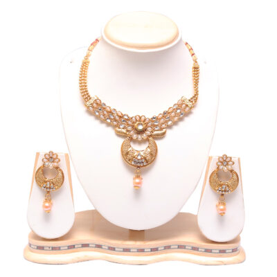Elegant golden choker necklace set