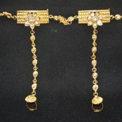 Imitation chandra nandini – helena's bridal jewellery set in gold tone 2