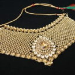 Imitation reeti fashions's bridal jewellery set in gold tone (8 Pieces)