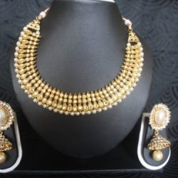 Designer-Pearl-jhumkaa-with-matching-necklace