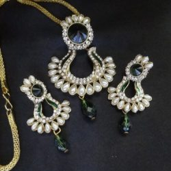 Artificial-Jewellery-Green-and-White-Stone-studded-Pendant-Set