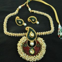 Beautiful Multicolour Pendant set & with necklace studded with Pearls