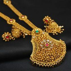 artificial jewellery – copper base multicolour stone studded necklace set