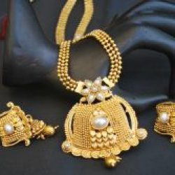 artificial shimmering floral motif gold tone long necklace set