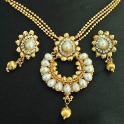 Imitation elegant pearl pendant set