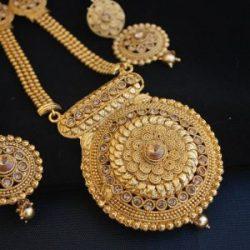 Imitation Fine design round motif long necklace set