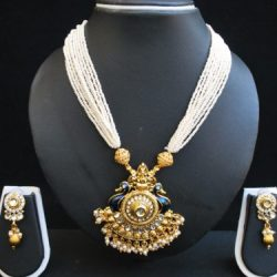 Imitation multilayer peacock motif necklace set and Jadau-3