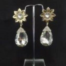 Imitation tone studded pearl earrings