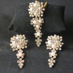 Imitaton reeti fashions – golden pendant set with diamond-1