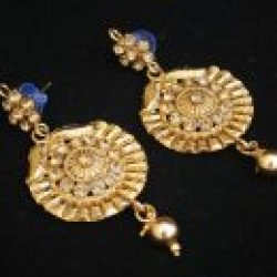 Imitation artificial necklace set in round motif long and gold
