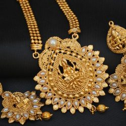 Imitation artificial jewellery Temple Jewellery in artificial jewellery Temple Jewellery in pearls long necklace setearls long necklace set