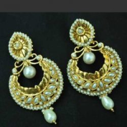 Pearl Crescent earrings with Teardrop