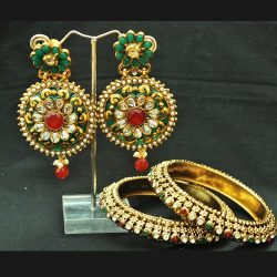 Alluring Multicolour round earrings with Bangles